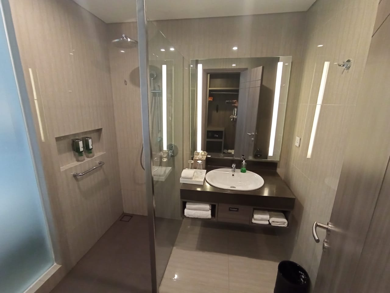 Guest Room Toilet
